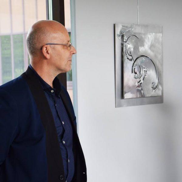 """Wystawa rzeźb zcyklu """"PARTYTURA"""" autorstwa prof.Jacka Kucaby"""